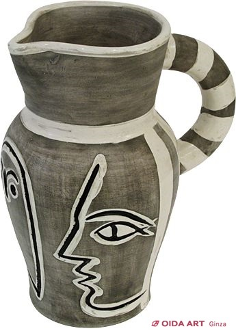 Picasso Pablo Grey engraved pitcher